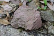 遊子谷の赤色頁岩