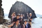 新採職員が須崎海岸を訪れました。
